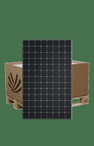Pallet containing 26 Sunpower Maxeon 3-400 WC solar panels