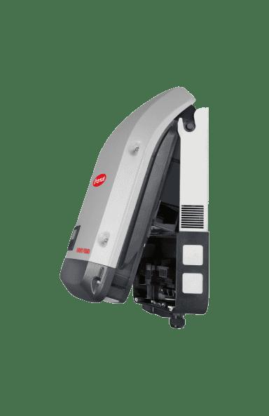 Fronius Primo 3.0-1 WIFI inverter side view