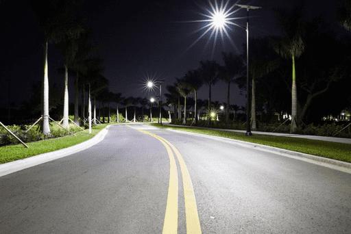 Solar street lighting in cyclonic area